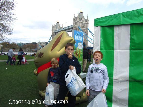 lindt gold bunny easter egg hunt london