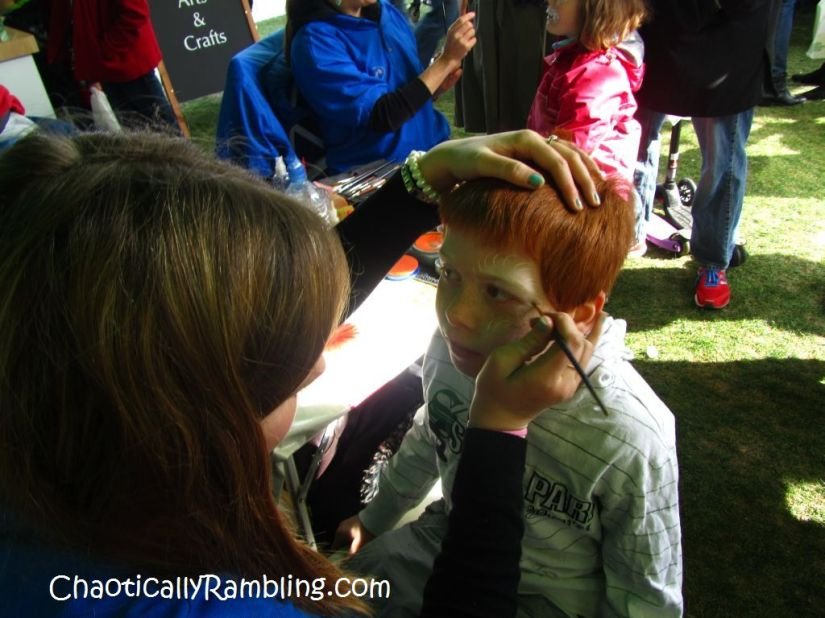 face painting lindt gold bunny easter egg hunt london