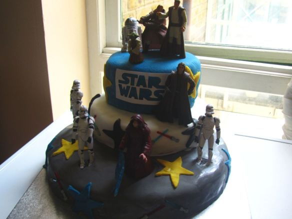 Star Wars 3 tier cake